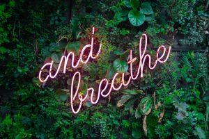 Hochsensibilität - and breathe - by Unsplash Sommi
